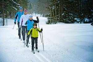 Langlaufskier für die Großen und Kleinen